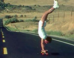 při jednom z akrobatických kousků